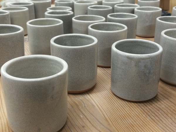 Mugs in grey by Caroline Haurie